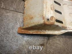 1987 Kawasaki Kxf 250 Tecate Rear Axle Swingarm Skid Plate Oem 1046